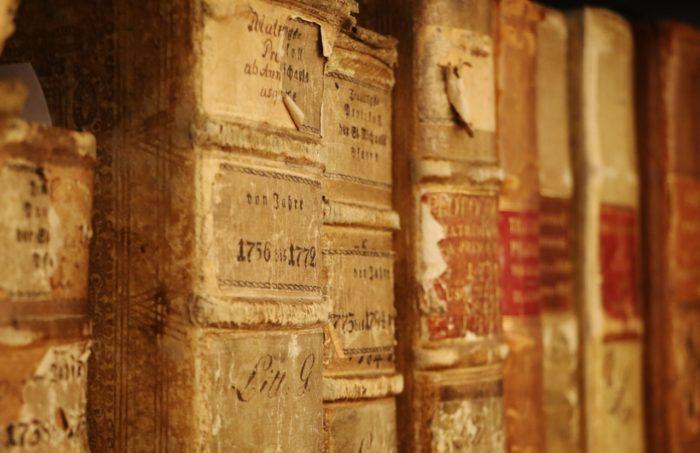 Archive und Matriken