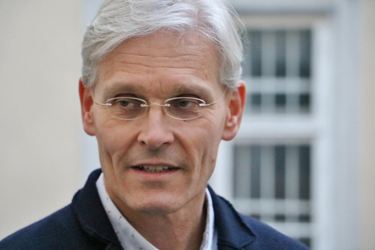 Dr. Andreas Urban