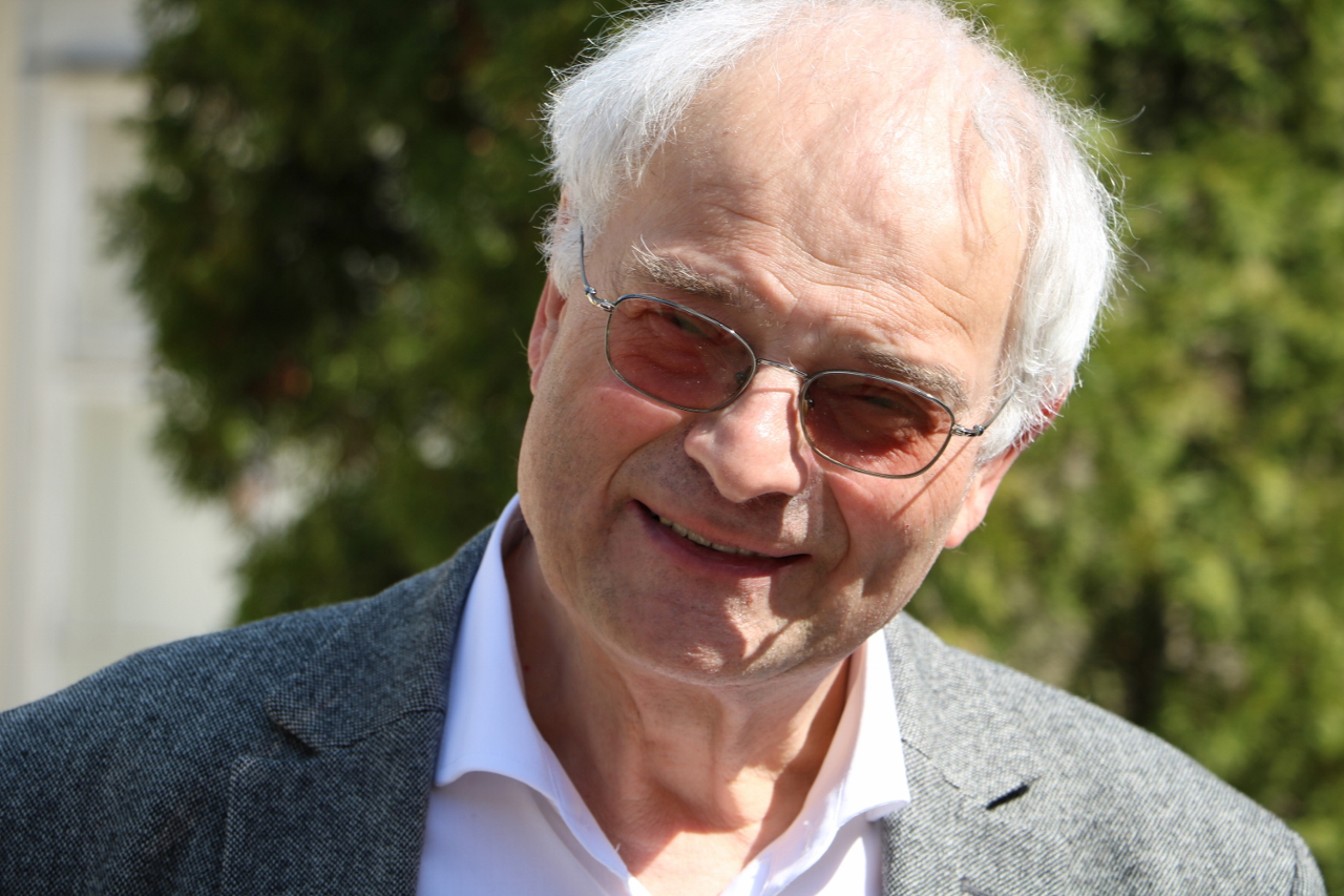 Pater Dr. Peter van Meijl SDS – Ordenshistoriker, Provinzarchivar
